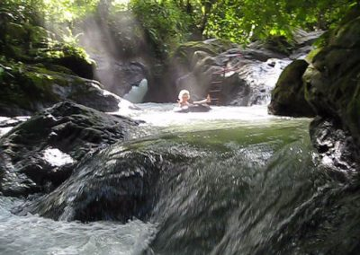 06c-tubing-in-the-natural-pools-in-the-river