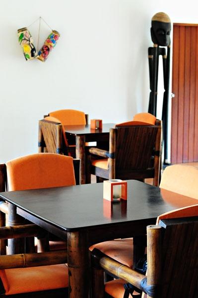 13-restaurant-2
